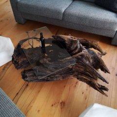 Kořen-stůl