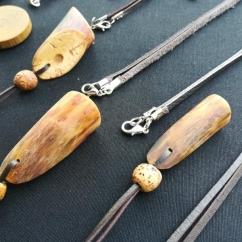 Kované-a-dřevěné-přívěšky4