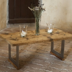 Stůl kované nohy