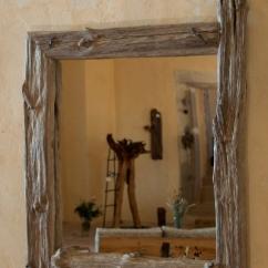 Zrcadlo přírodní se dvěma protaženými rohy